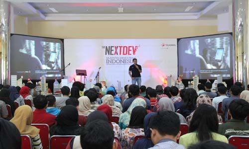 Telkomsel gelar roadshow NextDev 2016 di Kampus IPB