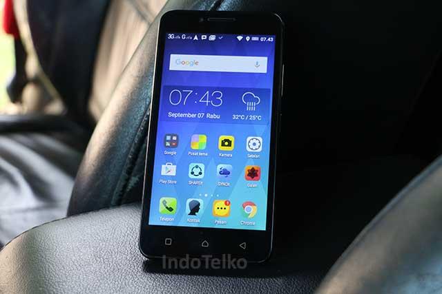 Lenovo Vibe C : Sudah 4G, bidik entry level