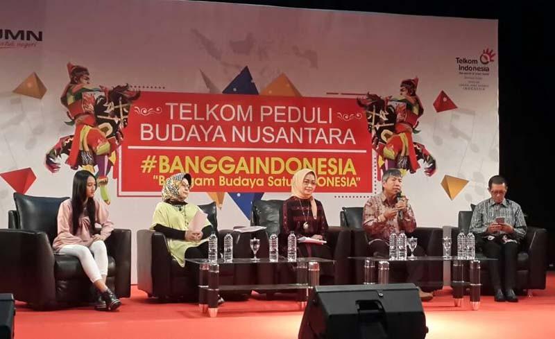 Fifth image of Telkom Gelar Talkshow Workshop Dan Pagelaran Seni with Aksi Telkom dukung budaya nusantara