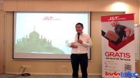 J&ampT Express salurkan 2 ribu paket makanan berbuka bagi tenaga medis
