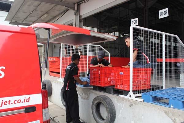 J&T Cargo bidik pasar paket besar