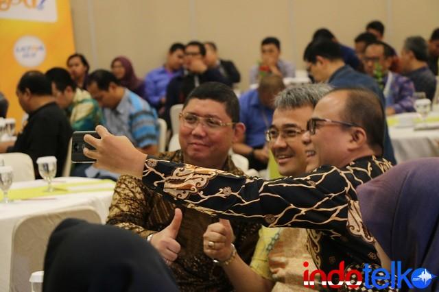Pembicara sesi ke dua Indonesia LTE Conference 2018