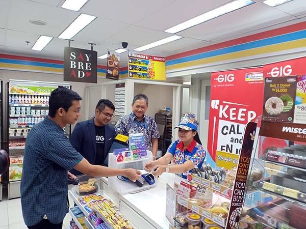 Indosat GIG gaet Indomaret perluas titik penjualan
