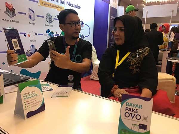 OVO bidik pelaku IKM di Surabaya