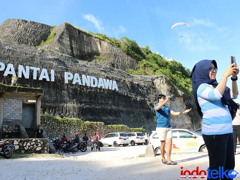 Smartfren Unjuk Gigi Di Destinasi Wisata Bali