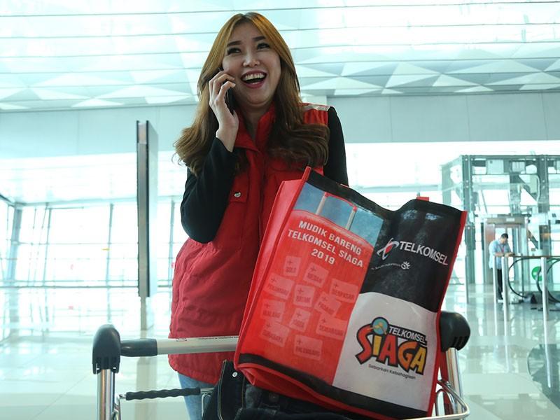 Empat moda transportasi siap angkut pemudik gratis Telkomsel