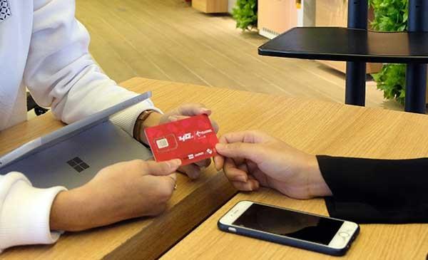 Telkomsel tunggu aturan validasi IMEI ponsel