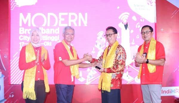 Telkom tuntaskan modernisasi jaringan di Bukittinggi