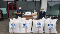 First Media donasi 4.500 Alat Pelindung Diri