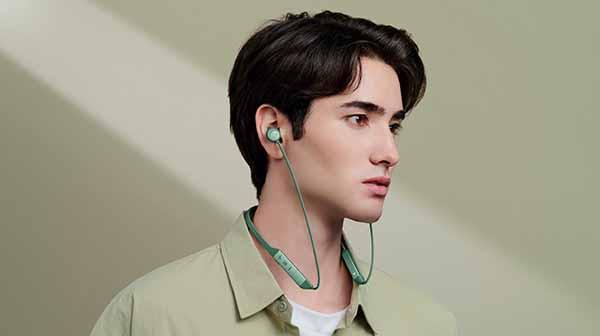 HUAWEI perkuat lini neckband headphone dengan FreeLace Pro