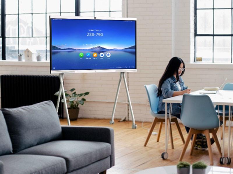 Huawei luncurkan IdeaHub
