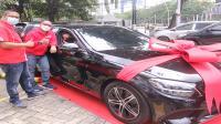 Telkomsel lepas Mercedes Benz C 180 untuk pemenang To The POIN Festival