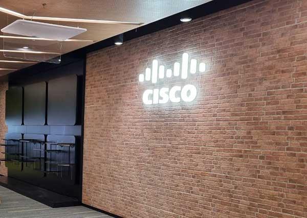 """Cisco bantu pelanggan jadi """"Could Smart"""""""
