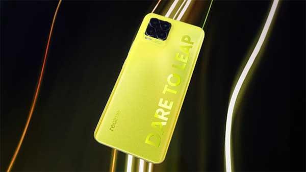 realme tawarkan produk realme 8 Pro Illuminating Yellow