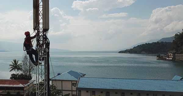 4G XL layani 70 desa di Danau Toba