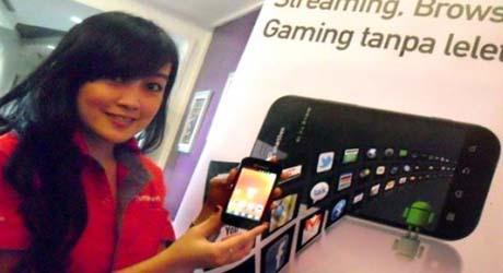 Smartfren Dukung Fomikom Super Sale VI Medan
