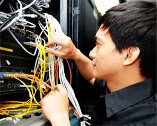 XL dan Indosat Sukses Hadapi Lonjakan Trafik Tahun Baru 2013