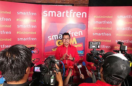 Smartfren menggebrak pasar lewat Super 4G Unlimited dan Super 4G Kuota