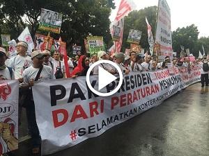Kartu Perdana Indosat dan XL dibuang-buang pedagang pulsa